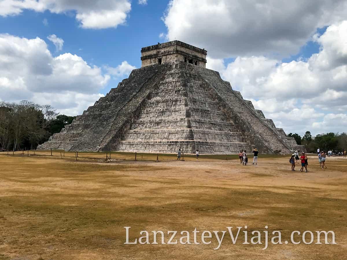 Piramide en Chicen itza en Cancun