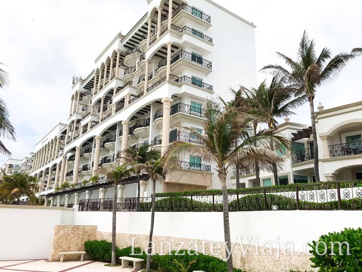 Vista a las habitaciones del Hotel Hyatt Zilara en Cancún